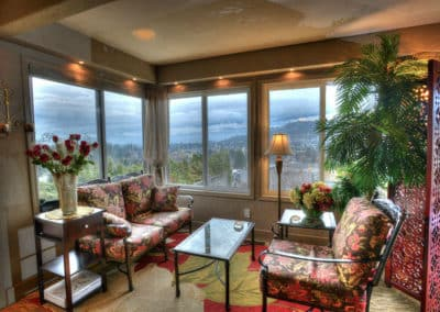 Our Guest Lounge at A Vista Villa Couples Retreat in Kelowna, BC