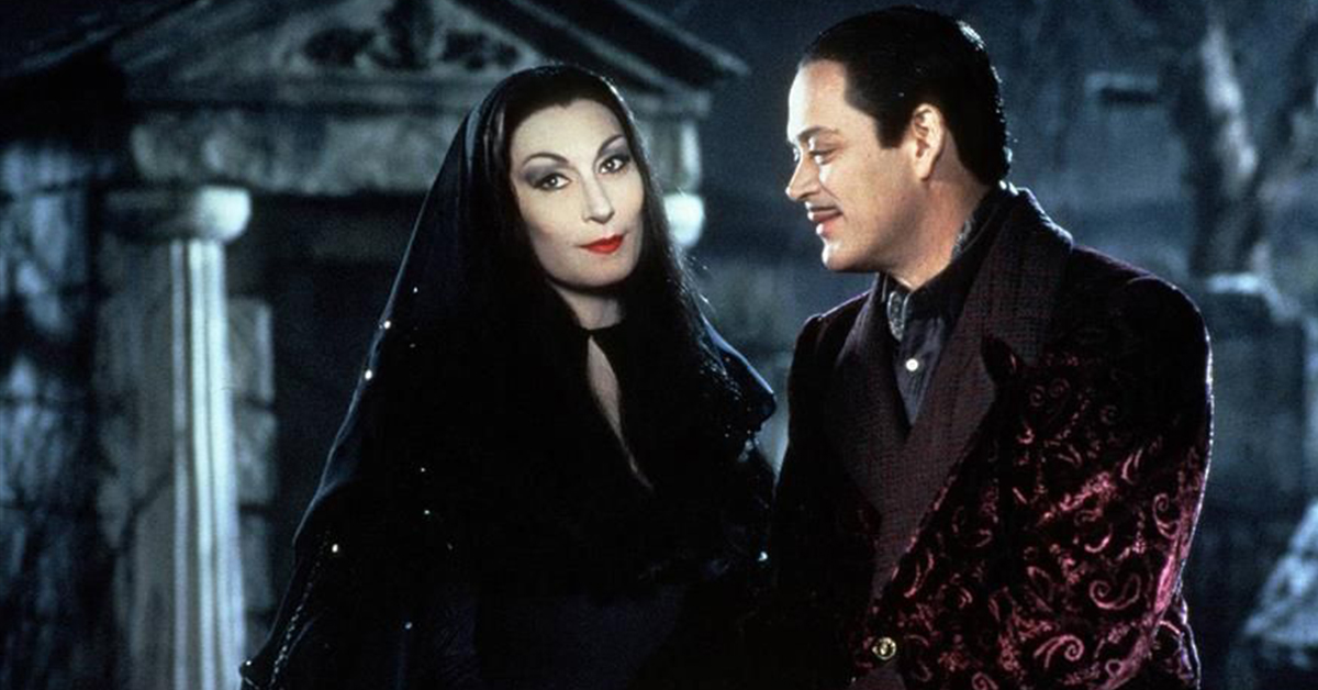 13 Times Morticia and Gomez Addams Were Couple Goals