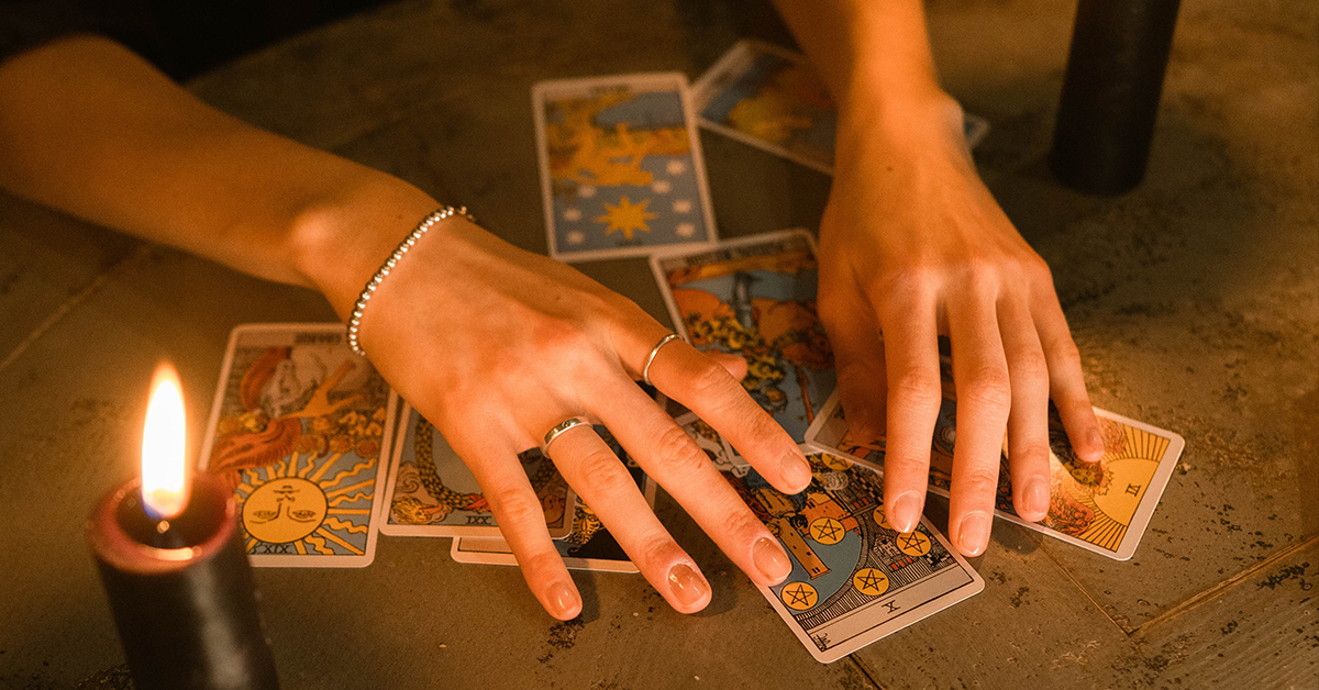 Everything You Need to Know About Reversed Tarot Cards