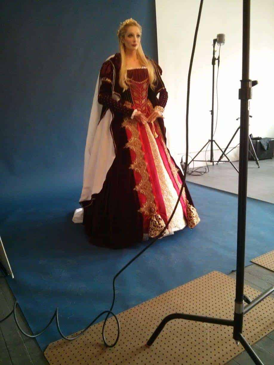16th_century_costume_front4_miss_italy_multiverse