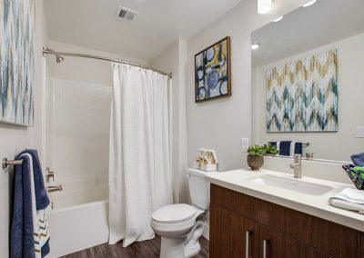 The Crossings of Chino Hills furnished bathroom