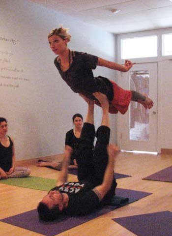 Yoga Pose Acroyoga: Flying Bird Pose in Four Parts