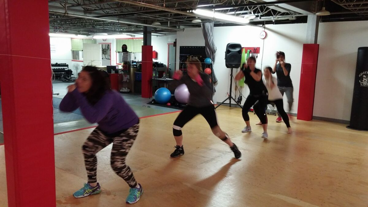 V-Fit P.R.O. Women only kickboxing class