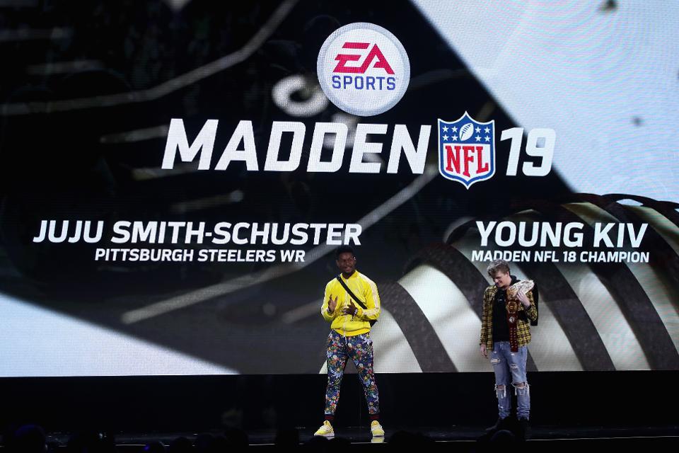 JuJu Smith-Schuster Signs 6-Figure Sponsorship Deal To Be An Esports Brand Ambassador