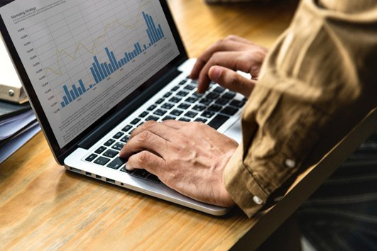 The Critical 15 Sales Metrics to Monitor