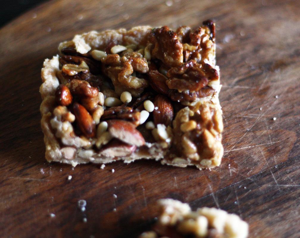 Simple Nut Tart