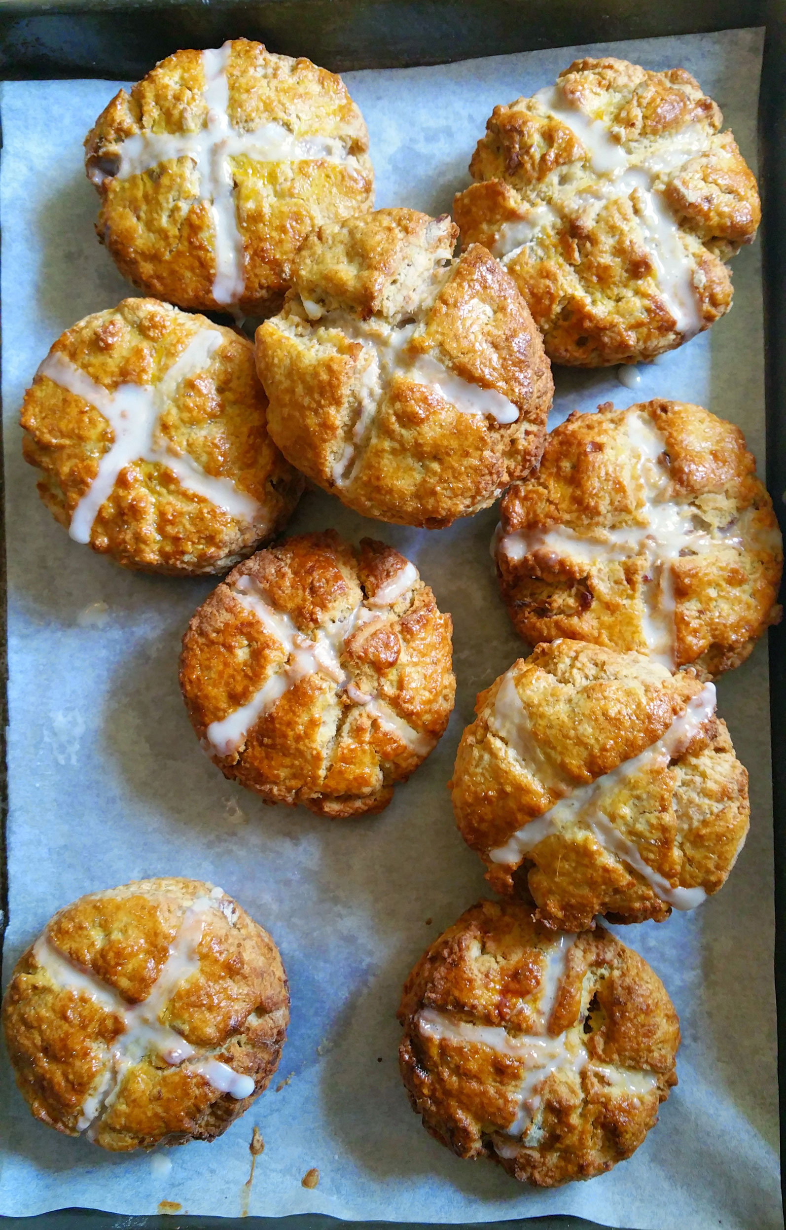Hot Cross Scones {with rum soaked dates and toasted pecans}