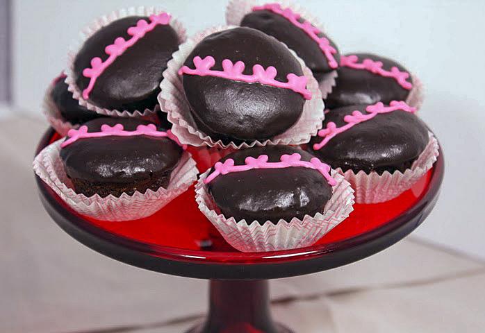 Happy Heart Cupcakes