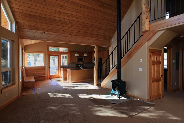 014 Interior north carpet installation_resize