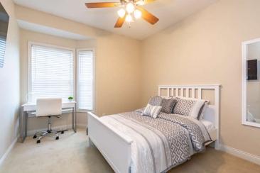 1739 N Washington Street Unit-small-017-026-Bedroom 2 En Suite-666x444-72dpi