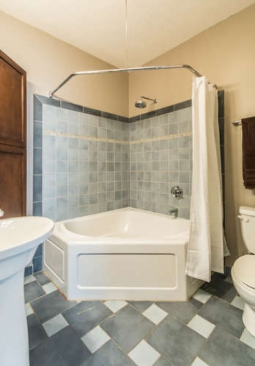 1739 N Washington St-small-071-18-Bathroom-348x500-72dpi