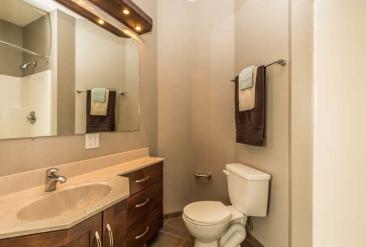 1739 N Washington St-small-054-43-Bathroom-666x451-72dpi