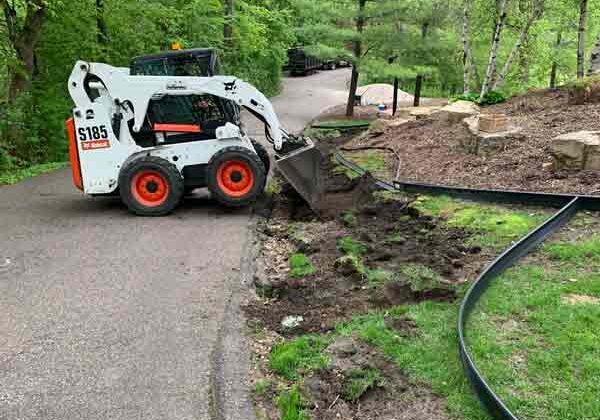 landscaping-bobcat
