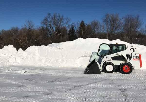 snow-removal-bobcat