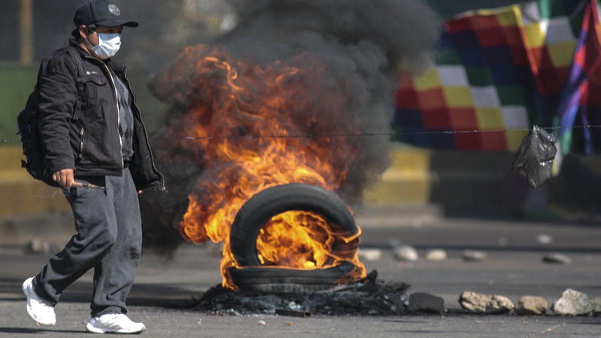 Bolivian Protesters Demand Quick Elections