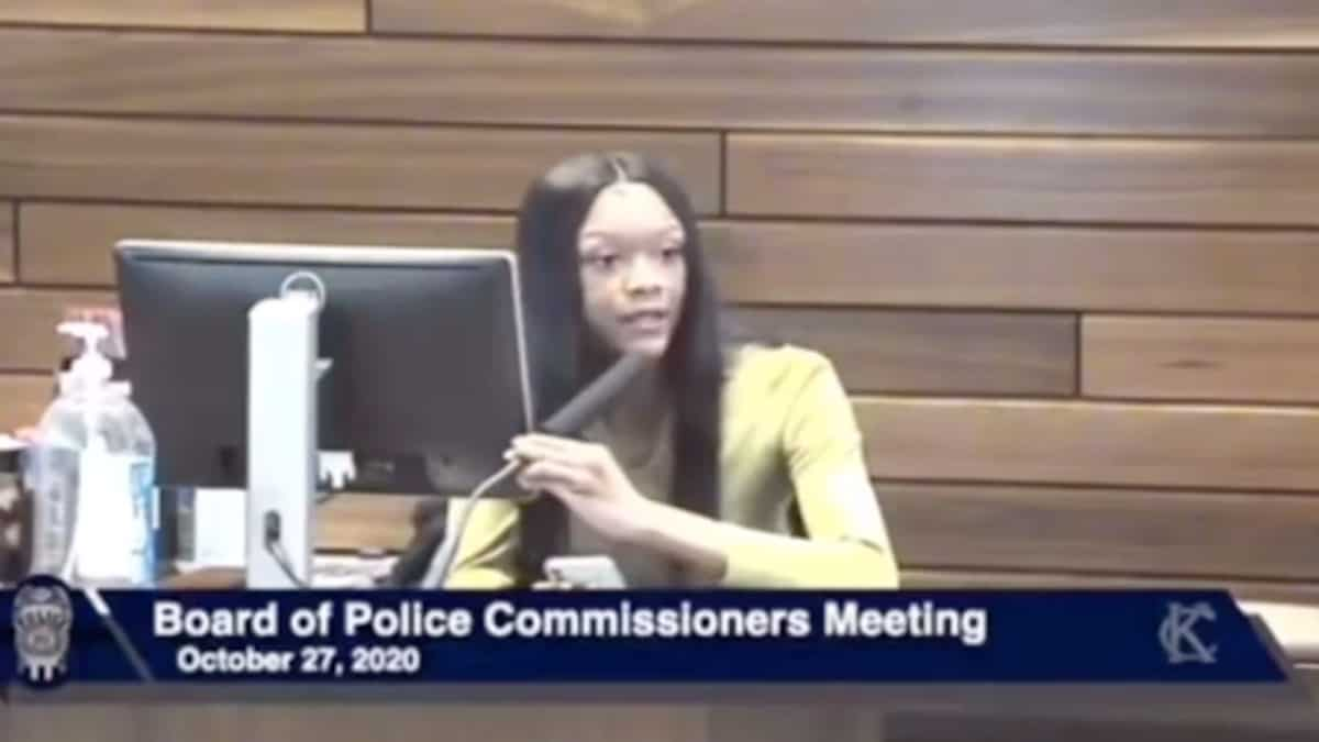 Woman delivered incredible burns at police town hall, now she's gone viral