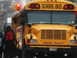 Frustrated by Kindergarteners' questions, school bus hijacker lets the kids go