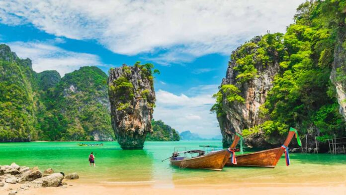 Thailand open to all vaccinated travelers