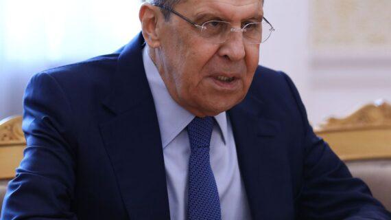 अमेरिका और रूस राजनयिक मिशनों की चुनौतियों की जांच पर सहमत
