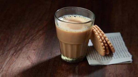 बच्चों को दूध के साथ बिस्कुट खाने की आदत पड़ सकती है भारी