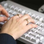 कम अवधि के ऑनलाइन कोर्सेज से भी पायें रोजगार सीबीटी