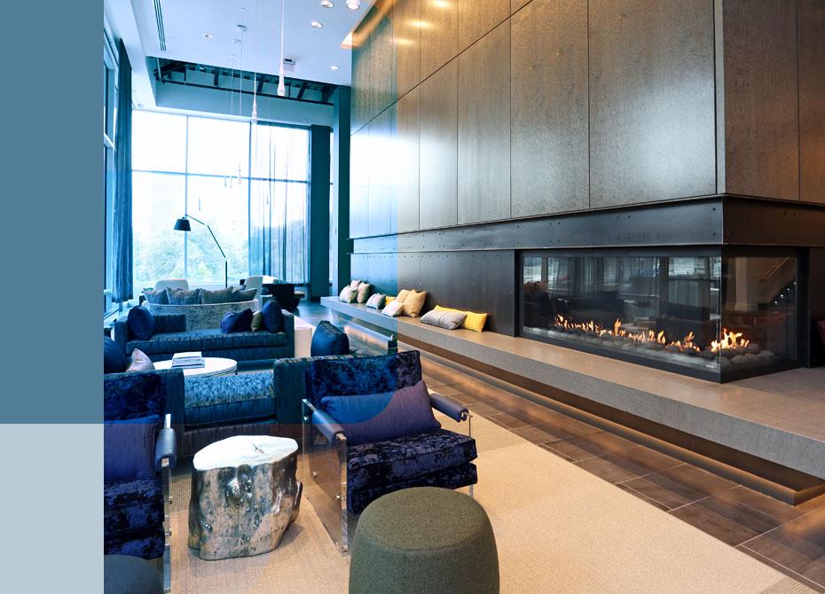 Dalian lounge with fireplace