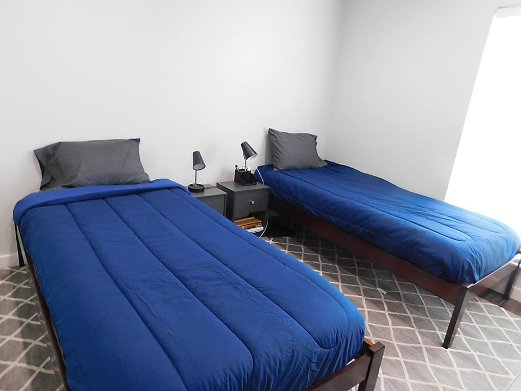 Austin TX sober living house bedroom2