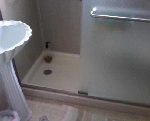 Hammontree Bathroom Onyx Base
