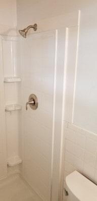 Sterling Ensemble shower unit 5