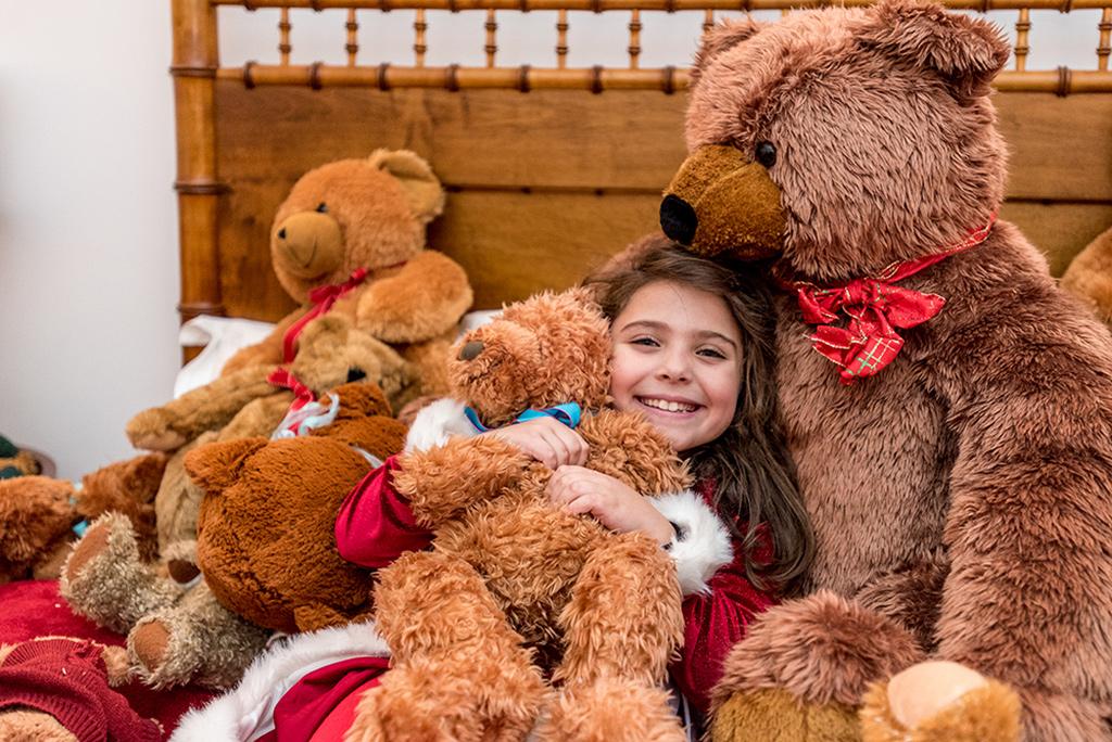 Teddy Bear Suite Hours During Christmas In Edgartown