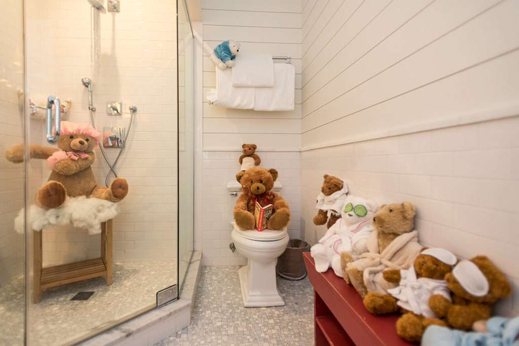 Martha's Vineyard Teddy Bear Suite Teddies Around Town Fundraiser Events