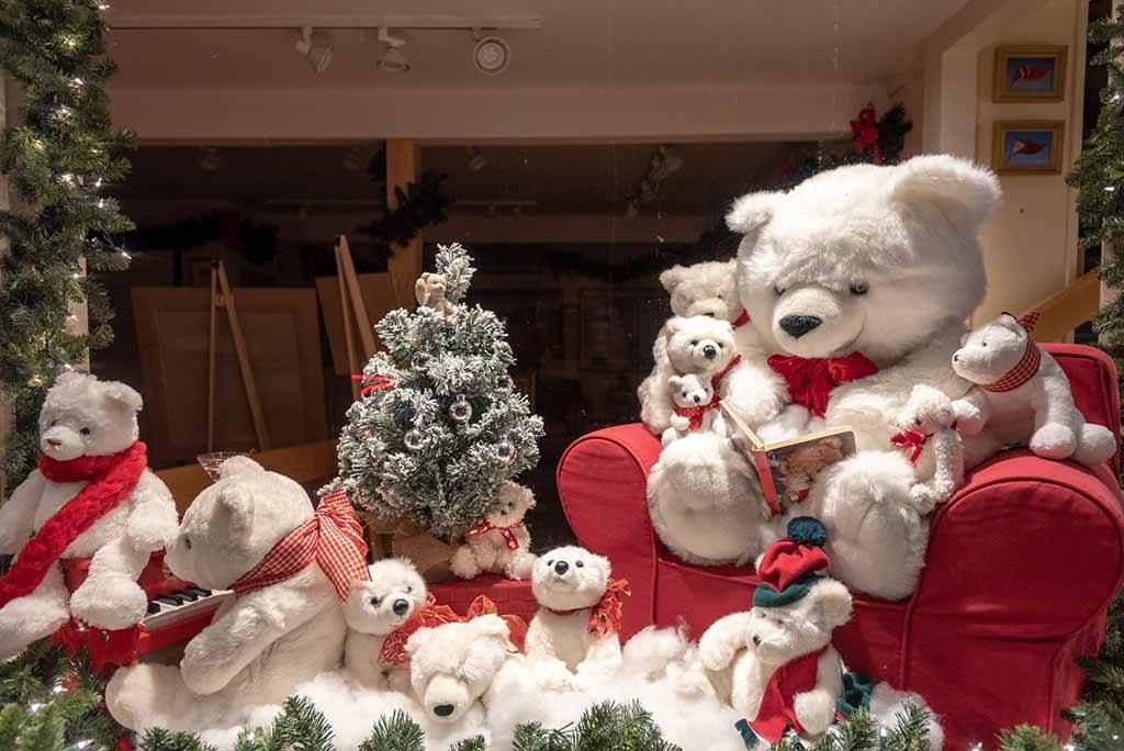 Teddies Around Town Martha's Vineyard Teddy Bear Suite Fundraiser - Donate Now