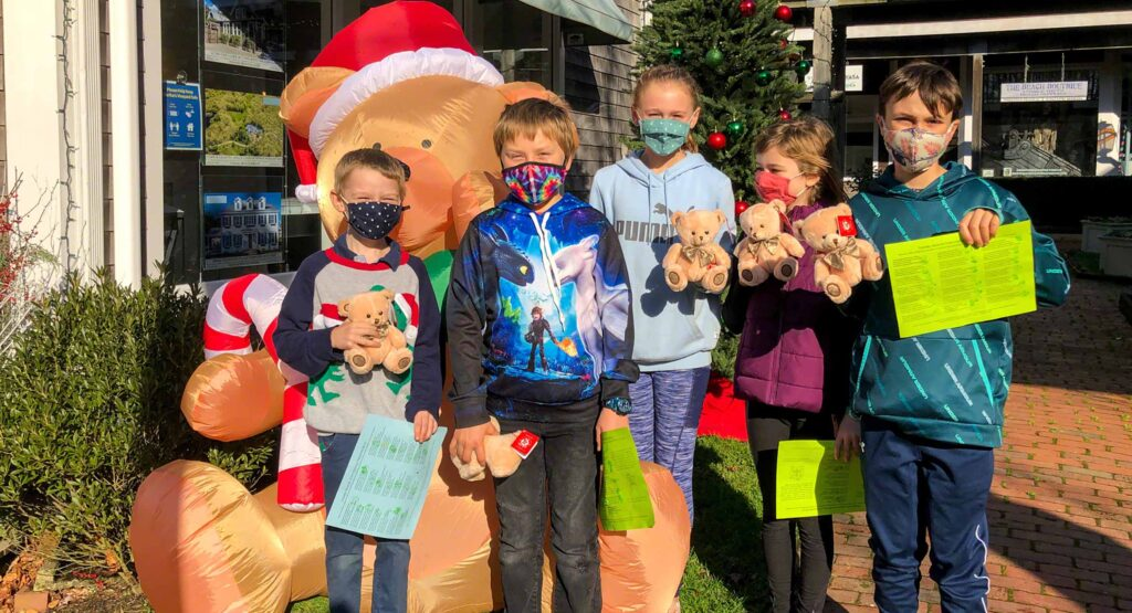 Martha's Vineyard Teddy Bear Suite Fundraiser Teddies Around Town