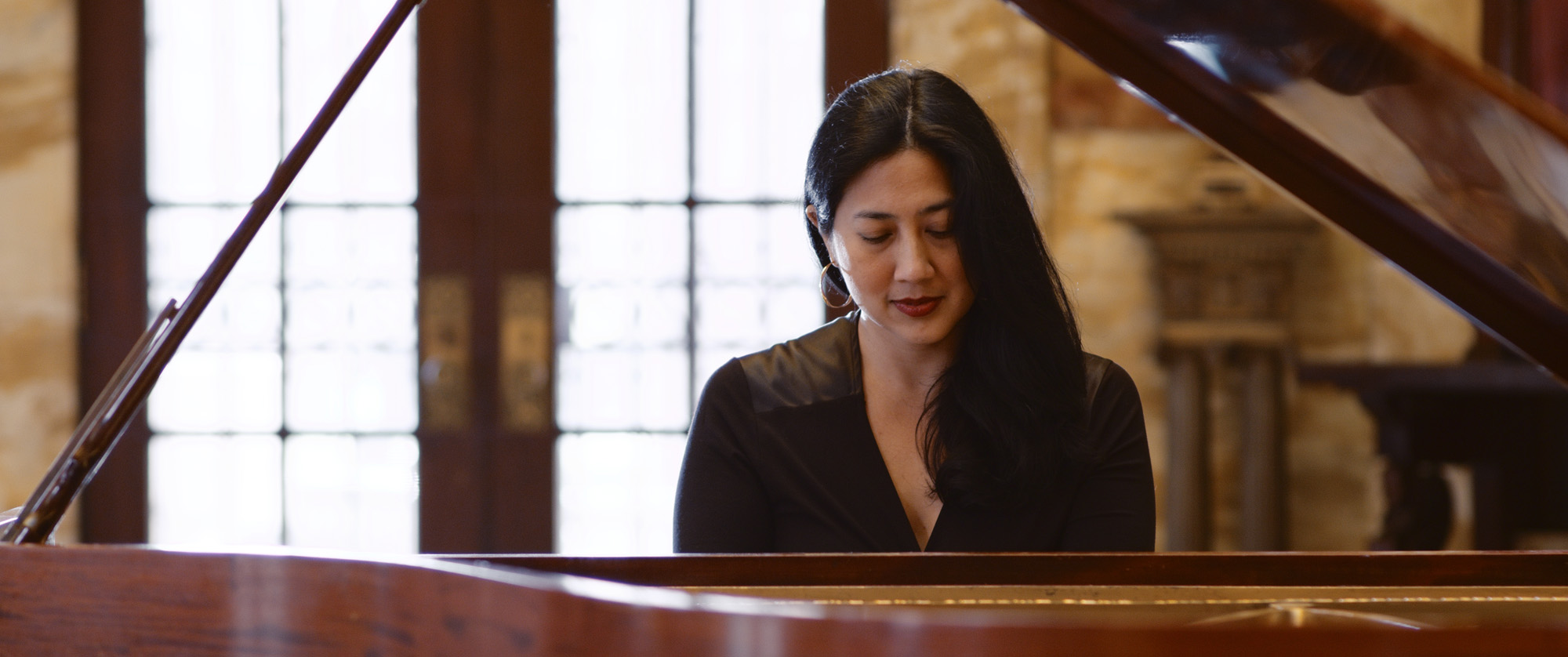 Marisa Gupta, piano
