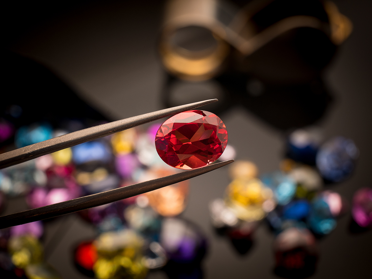 10 Valuable Gemstones to Look For at a Pawn Shop