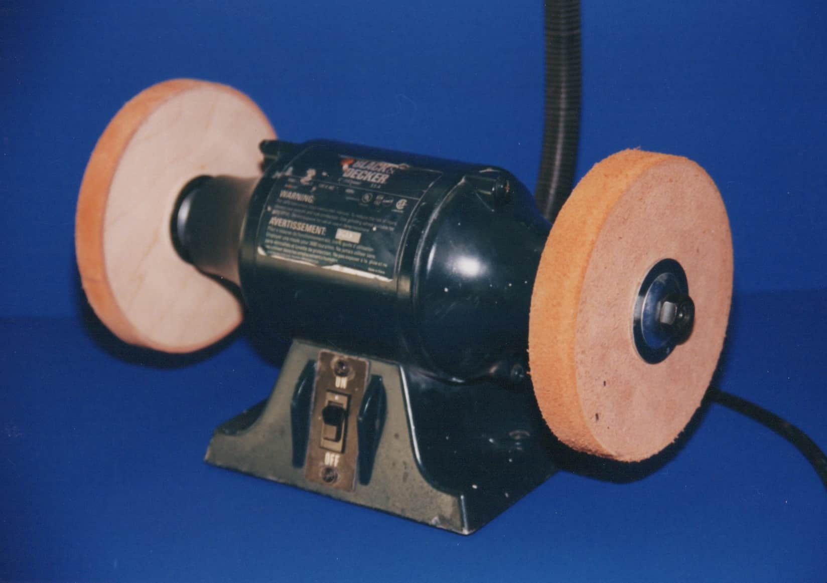 Surgi-Sharp Leather Clad Wheels