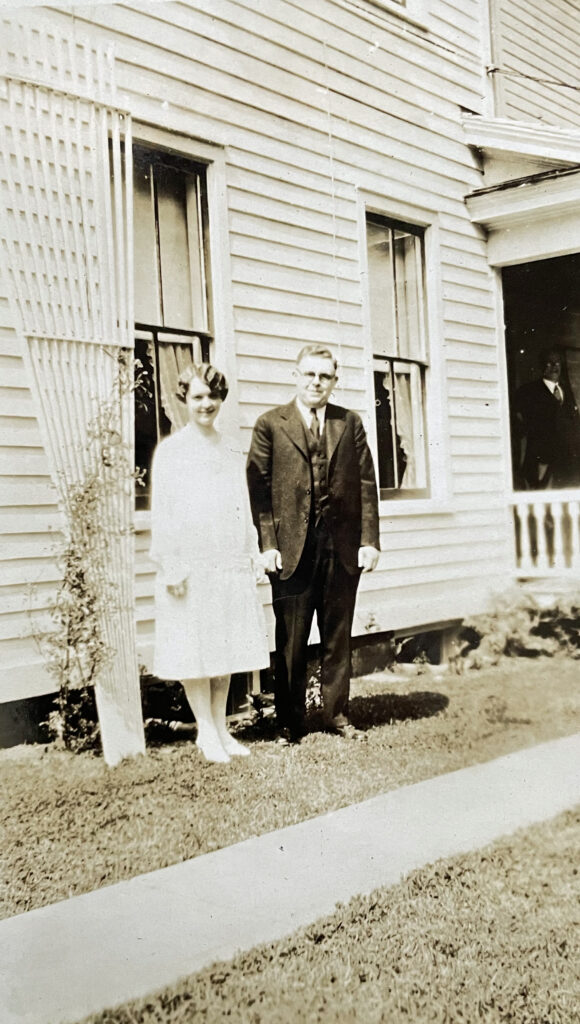 Evelyn and Harold wedding day June 29 1926