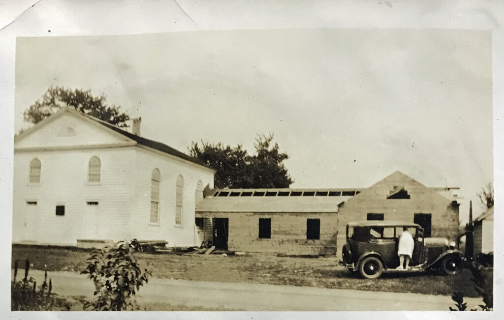 Photograph of Grooms Methodist Church in 1926 building a new hall