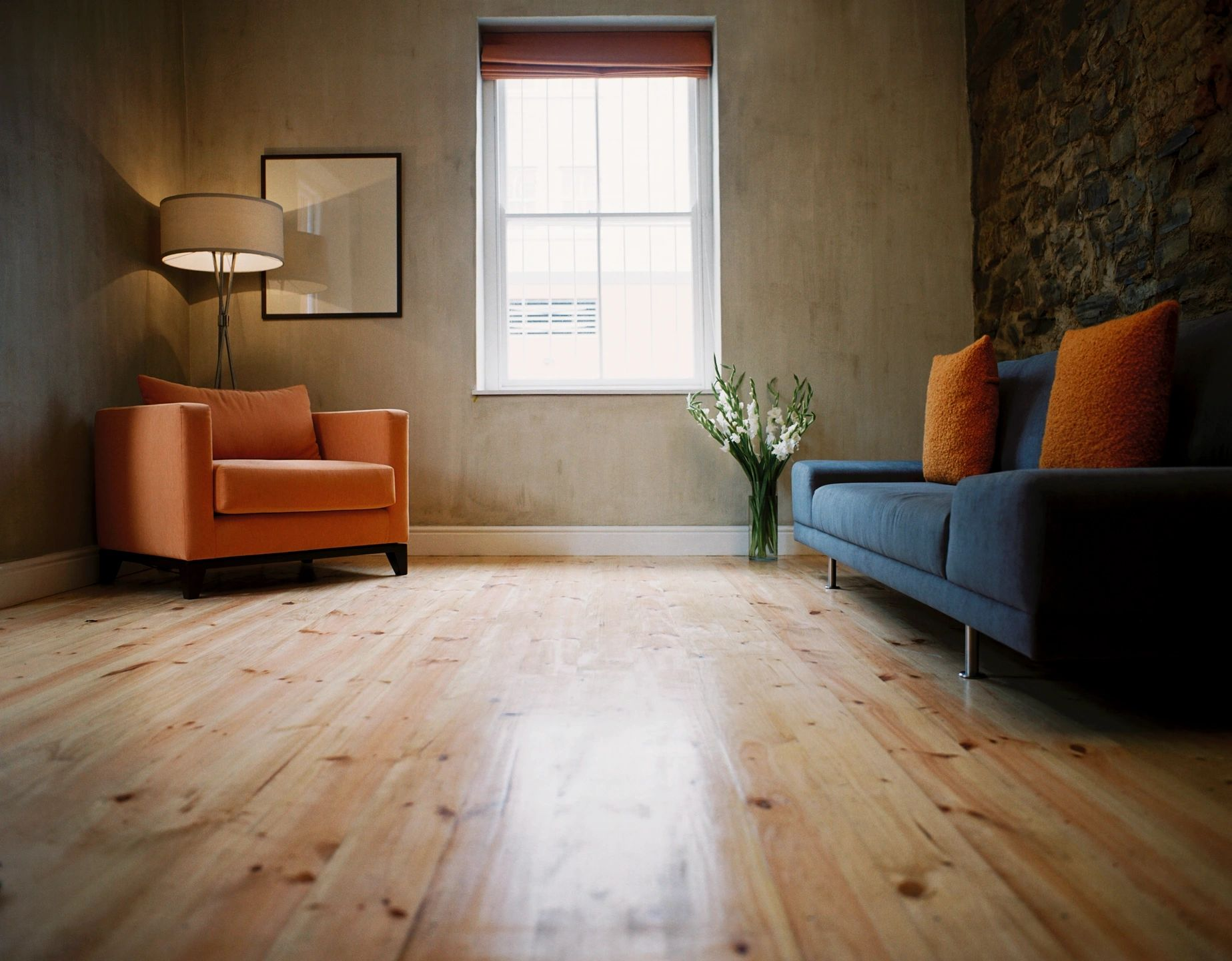 For aesthetically appealing floors, Global Clean services in the Toronto and Greater Toronto Area. For instance, we provide floor stripping, floor waxing and floor buffing services.