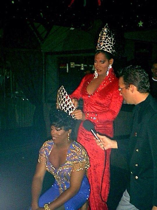 Stacy Vaughn being crowned Miss R House by Nadirah Desmond Vega