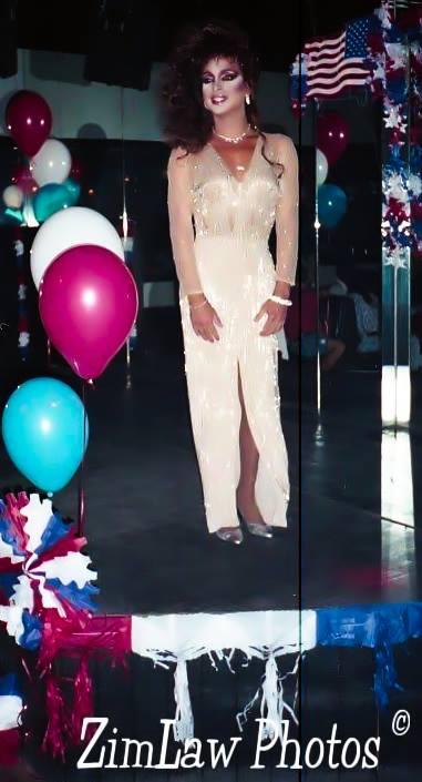 Sheena Angelica - Photo by Chris Zimmerman-Law