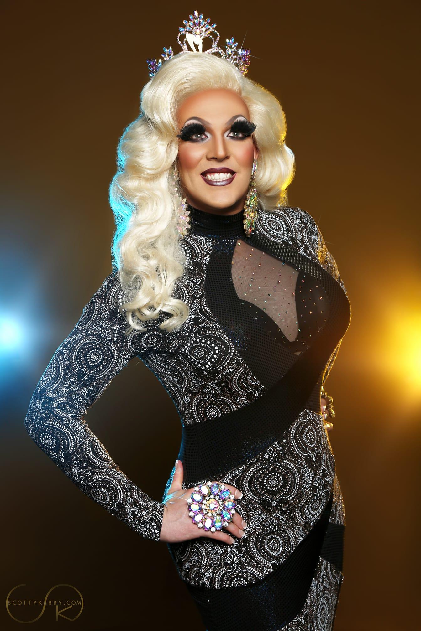Valerie Taylor - Photo by Scotty Kirby