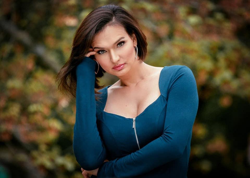 Bianca Nicole - Photo by Antonio Pantoja