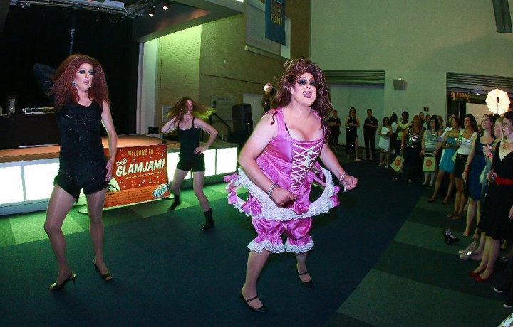 Nina West (front) and Chutney Sinclair and Lydia (back)   Yelp's Glam Jam   COSI (Columbus, Ohio)   7/22/2011