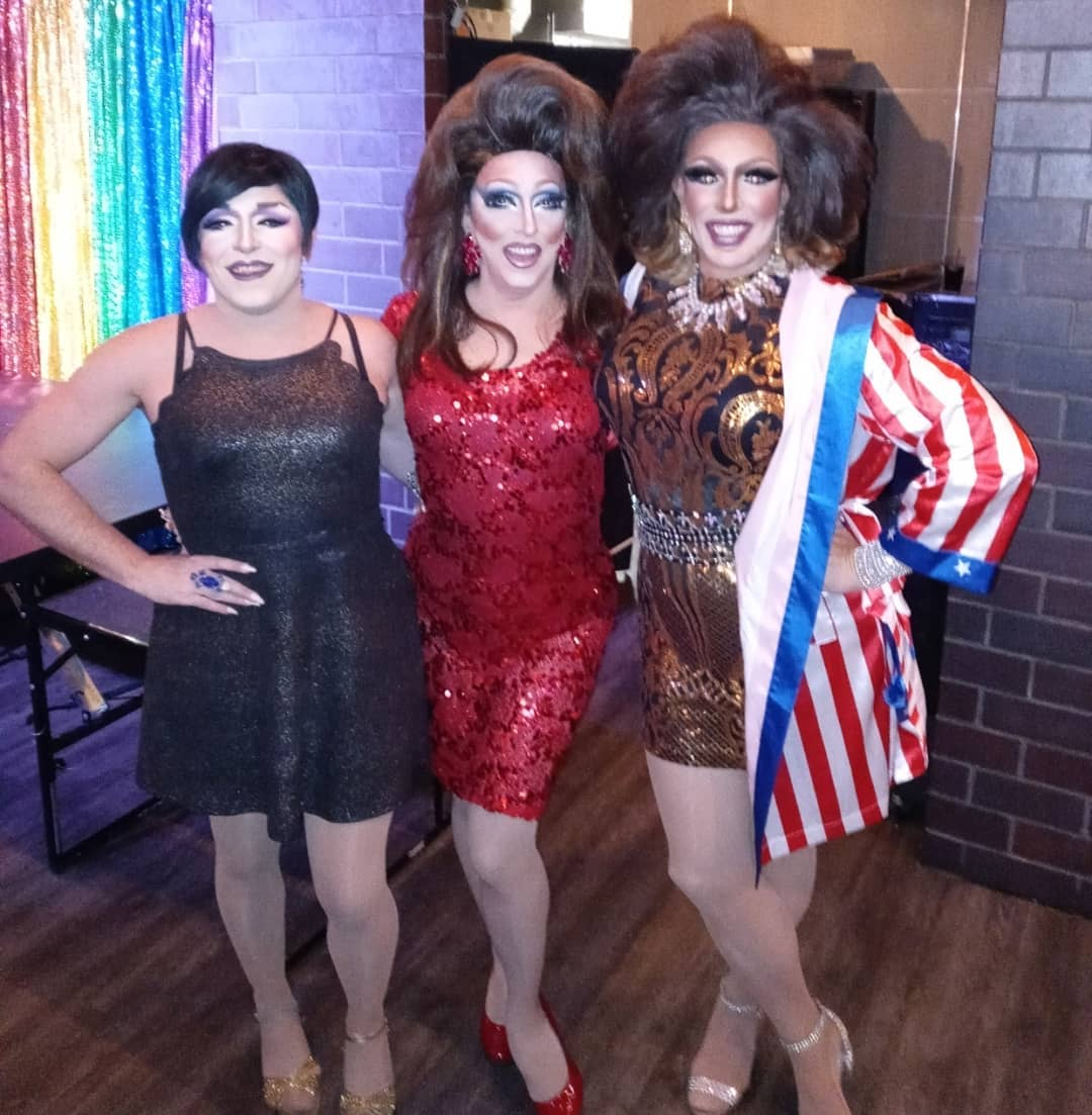 Mari Jane, Samantha Rollins and Valerie Taylor at Union Cafe (Columbus) | July 2021