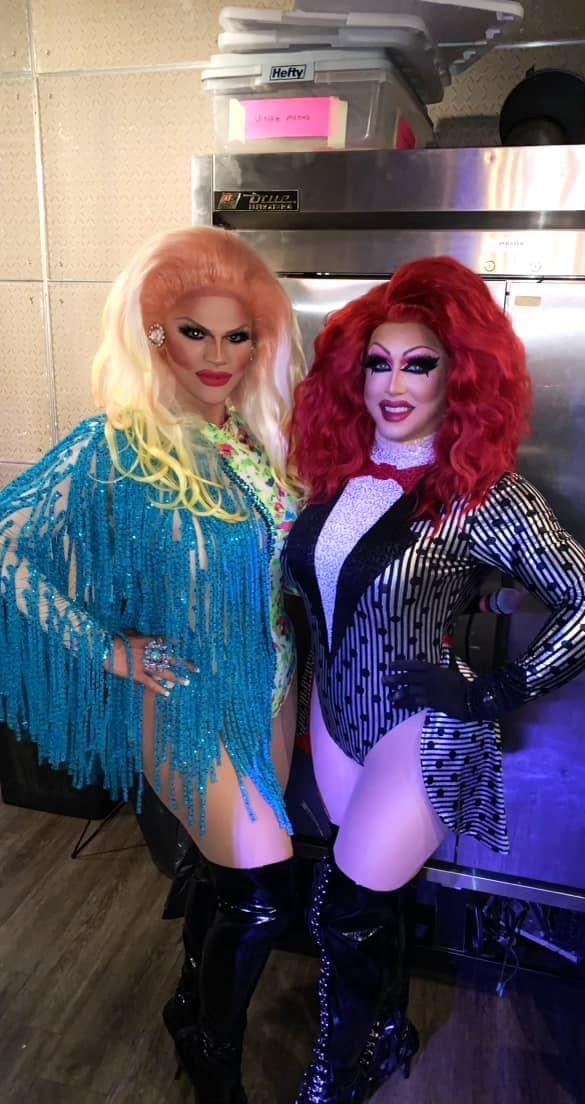 Ava Aurora Foxx and Courtney Kelly at Union Cafe (Columbus, Ohio) | September 2021