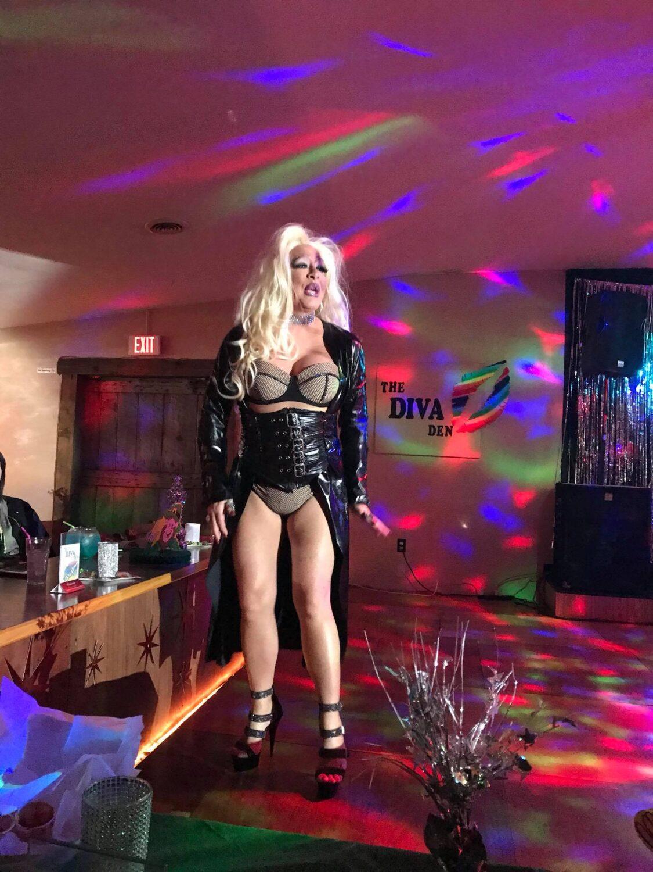 Rebecca Richards at the Diva Den (Fostoria, Ohio) | March 2018