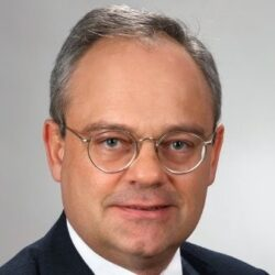 Dr. Jakob Pastoetter, Ph.D.