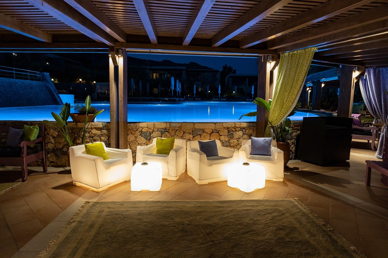 pool bar, bar, swimming pool