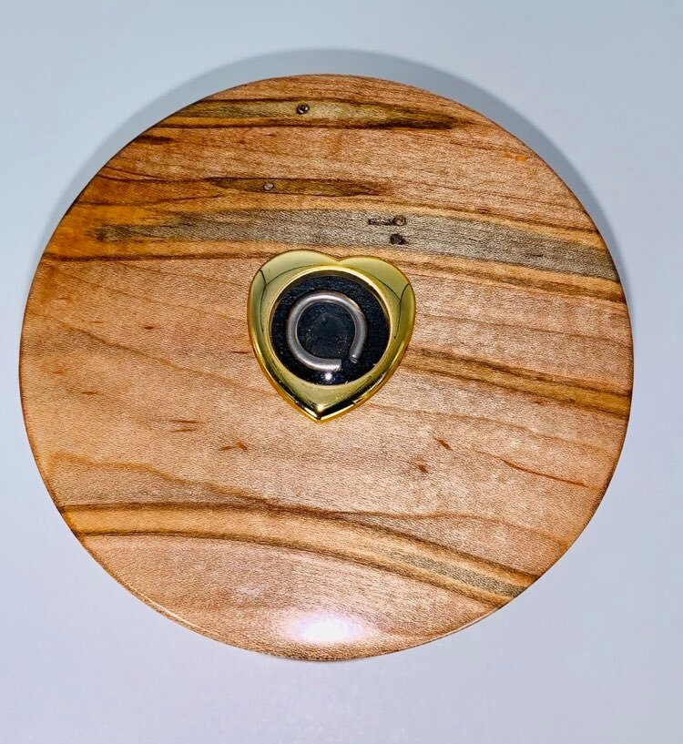 Ambrosia maple cylinder lid with Small Heart Bezel